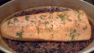 Gewürz with Salmon, Spiced Onions & Currants